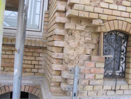 Mauerwerksanierung vorher